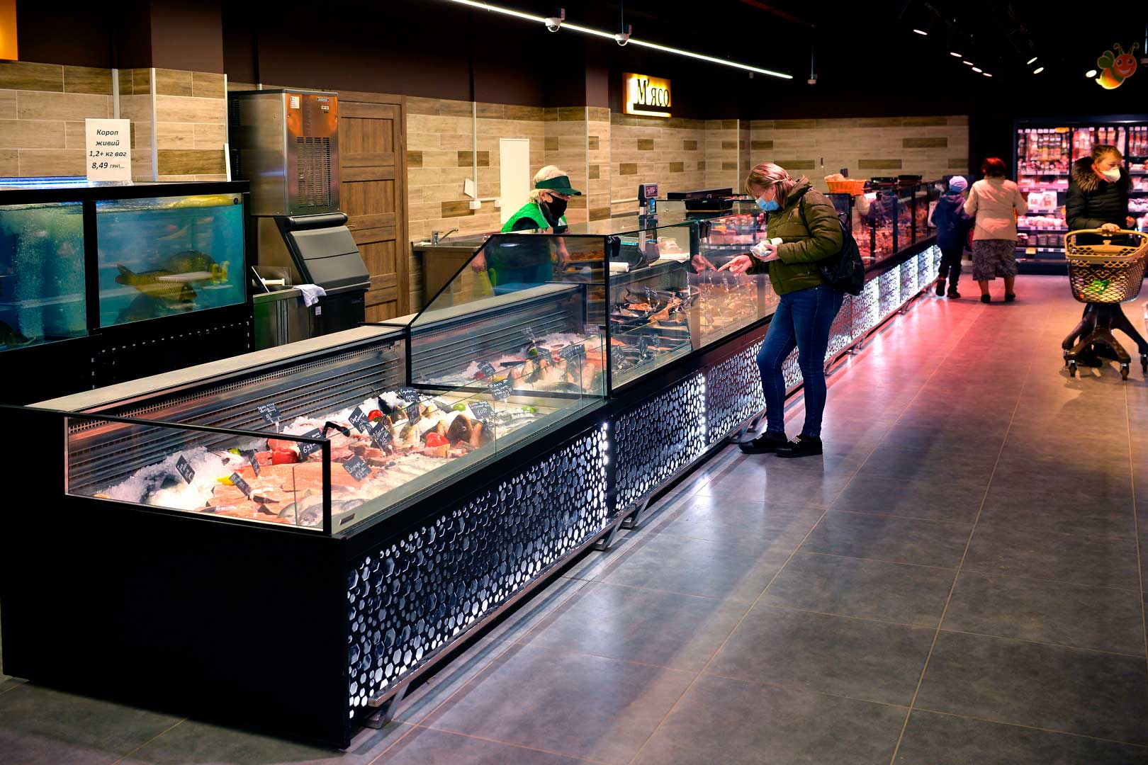 "Specialized counter for fresh fish-on-ice sales Missouri MC 120 fish self 086, supermarket ""Pchyolka-market"""