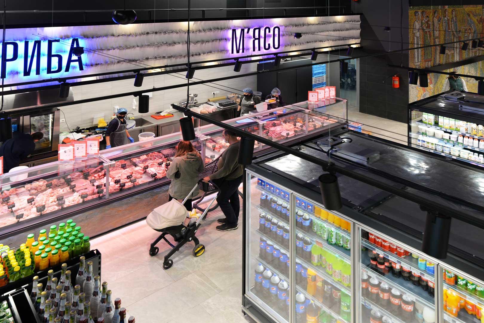 "Refrigerated counters Мissouri MС 120 deli PS 130, refrigerated multideck cabinets Indiana MV 080 MT O 205, supermarket ""Semya"""